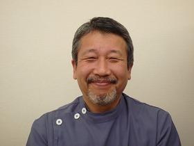 吉武歯科医院 院長